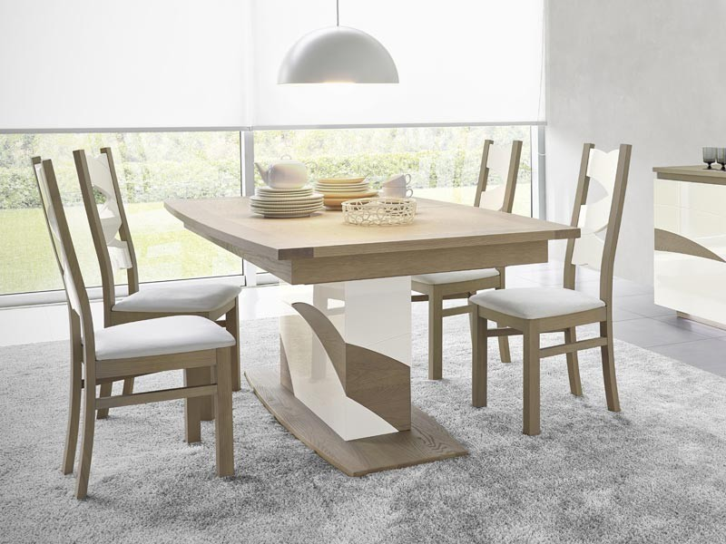 Table en ch ne tivoli plateau tonneau pied central avec for Table salle a manger usage