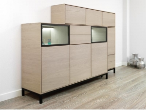 buffet haut modus en bois massif 5 portes avec 2 tiroirs meubles bois massif. Black Bedroom Furniture Sets. Home Design Ideas