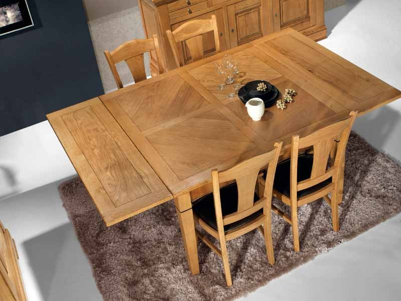 Table carree en chene conceptions de maison for Table bois chene massif