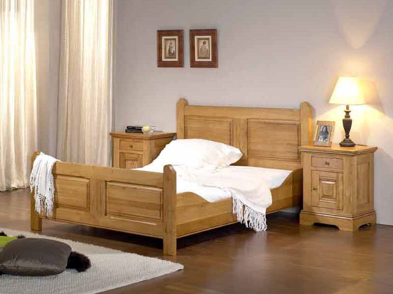 lit rustique honfleur en ch ne massif avec t te de lit sculpt e meubles bois massif. Black Bedroom Furniture Sets. Home Design Ideas