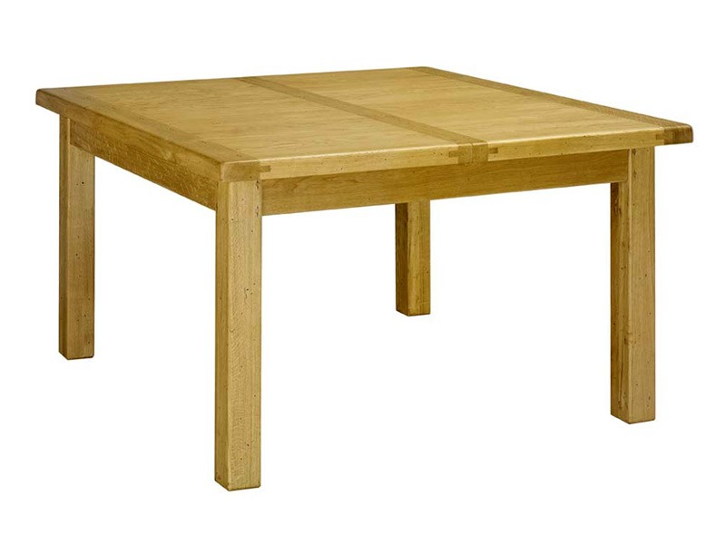 Table manger rustique bois massif for Table a manger carre