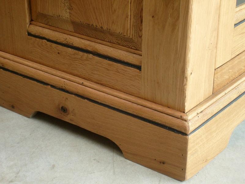 buffet rustique berry en ch ne 2 portes 3 tiroirs. Black Bedroom Furniture Sets. Home Design Ideas