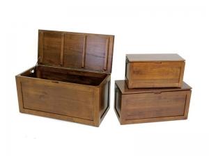 coffre en bois massif holly 3 tailles diff rentes meubles bois massif. Black Bedroom Furniture Sets. Home Design Ideas
